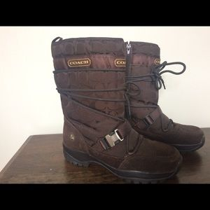 Coach Snow Boot Brown size 9